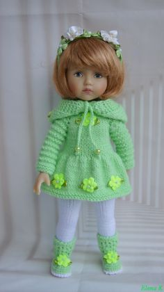 Knitting Dolls Clothes, Crochet Doll Clothes, Knitted Dolls, Crochet Doll Dress, Crochet Doll Pattern, Beautiful Crochet, Beautiful Dolls, Doll Tutorial, Clothes Crafts