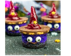 Try #WelchsFruitSnacks products in a fun Halloween snack!  bit.ly/2hOxLn1  #Ad , #WelchsFruitRolls, #UnrollTheFun