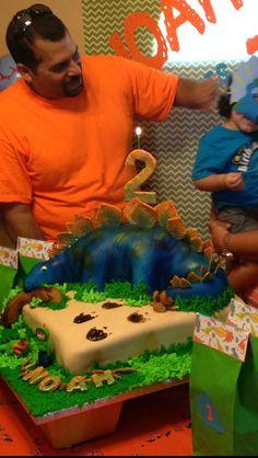 2nd Birthday boy Stegosaurus dinosaur cake. dinosaur birthday!