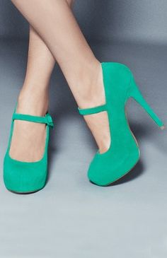 The colour #emerald is #Pantone colour of the year 2013 #designtrend #wearabledesign