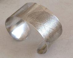 Image result for textured bracelet artisan Silver Bracelets, Cuff Bracelets, Bangles, Jewellery Designs, Cuffs, Artisan, Texture, Image, Inspiration