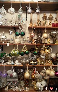 Dubrovnik, Christmas Bulbs, Holiday Decor, Home Decor, Decoration Home, Christmas Light Bulbs, Room Decor, Home Interior Design, Home Decoration
