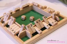 Shut The Box para cuatro (Manualidades Educativas) - Modern Diy Games, Math Games, Indoor Activities For Kids, Games For Kids, Woodworking Toys, Woodworking Projects, Game Bit, Wood Games, Puzzle Toys