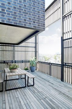 Located in Hawthorn East, this black brick apartments (Ari apartments) lives in the heart of the historical brick-making area and only a . Porches, Outdoor Spaces, Outdoor Decor, Facade Architecture, Residential Architecture, Facade Design, Brickwork, House And Home Magazine, Studio Apartment