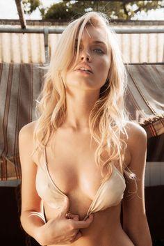 Erotic Bikini Models Galleries
