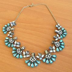 Gorgeous aqua turquoise vintage statement necklace Brand new - never worn. Great for all those holiday parties. Vintage style look. Forever 21 Jewelry Necklaces