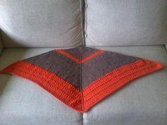 Chal triangular bicolor