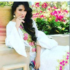 #ayezadanish #fashion #style #karachi #designer #pakistan #celebrity #fame #followme #followforfollow #followinsta #likeforlike #like4like #fashionfreak #dresses #outfits #onlineshopping #ayezakhan #ayezadanish #ayezaofficial http://tipsrazzi.com/ipost/1507145619549099906/?code=BTqdPSuApeC