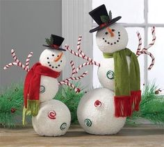 Christmas Decorations and Ornaments Halloween Easter Trendy Tree - Happy Christmas - Noel 2020 ideas-Happy New Year-Christmas Whimsical Christmas, Christmas Snowman, Winter Christmas, Winter Holidays, All Things Christmas, Christmas Holidays, Christmas Ornaments, Halloween Ornaments, Hallmark Christmas