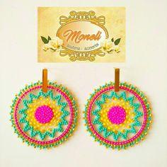 Bead Crafts, Diy And Crafts, Peyote Stitch, Brick Stitch, Bead Art, Ring Earrings, Earrings Handmade, Beaded Jewelry, Crochet Earrings