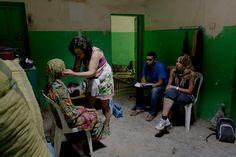 Juana, nuestra médico en el consultorio de Azarzane #cooperación #AccionGeoda