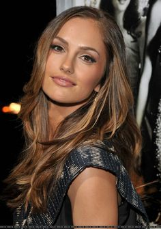Minka Kelly-Love her hair! Minka Kelly-Love her hair! Brunette Beauty, Brunette Hair, Hair Beauty, Minka Kelly Hair, Actrices Sexy, Tips Belleza, Hair Highlights, Caramel Highlights, Color Highlights