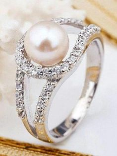 Love this!!! Pearl ring