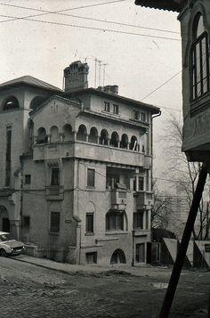 Art Nouveau Architecture, Bucharest, Old City, City Photo, Louvre, Mai, Travelling, Buildings, Nostalgia