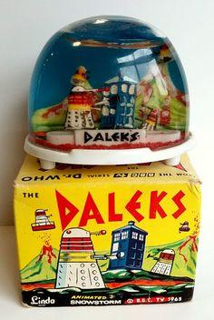 Dalek snow globe!
