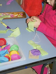 Irresistible Ideas for play based learning »  spring hangings, threading practise