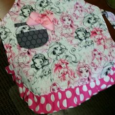 Items similar to Minnie Mouse Apron, Party Apron, Womens Apron that is Reversible on Etsy Minnie Mouse, Wine Christmas Gifts, Girl Cooking, Cute Aprons, Mickey Head, Party Props, Hostess Gifts, Baby Car Seats, Etsy