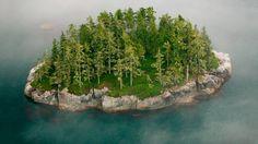 Broughton Archipelago, British Columbia, Canada (© Art Wolfe Inc./Mint Images) – 2014-07-01