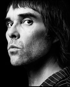Portrait of Ian Brown by John 'Rankin' Waddell Instead of using darker clothing to outline the head, Waddell has used a darker background to get the same effect. Rankin Photography, Icon Photography, Inspiring Photography, Digital Photography, John Rankin, Pete Doherty, Paul Weller, David Bailey, Stone Roses