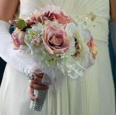 Accessoires - Hochzeit Brautsträuße Shabby chic roses - ein Designerstück von Wandadesign bei DaWanda