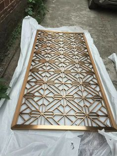 Tubes welded and processed perfectly to form the pattern of the metal screen