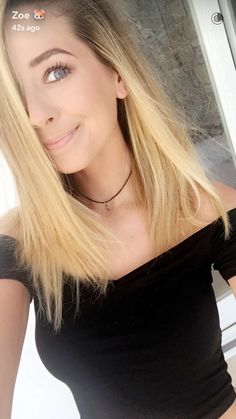 Zoe Sugg shared by Miss Freez on We Heart It Zoella Hair, Zoella Beauty, Hair Beauty, Summer Hairstyles, Cool Hairstyles, Zoe Sugg, England Fashion, New Hair Colors, Celebrity Weddings