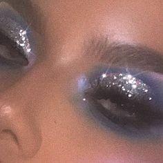 gold glitter eyeshadow, make up tutorial, make up for brown eyes, make up for hazel again wood workings bedroom - Glitzer Augen Makeup Goals, Makeup Inspo, Makeup Art, Makeup Inspiration, Beauty Makeup, Makeup Style, Makeup Ideas, Makeup Geek, Makeup Remover