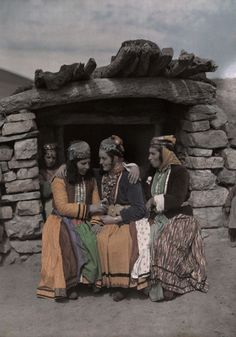 Traditional clothing. Kurdish, region of Van. Ca. 1950.