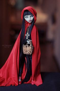 OOAK Ghoulia Little Red Riding Hood #OOAK # Monster High #… | Flickr Monster High Doll Clothes, Custom Monster High Dolls, Monster Dolls, Monster High Repaint, Custom Dolls, Ooak Dolls, Blythe Dolls, Barbie Dolls, Monster High Ghoulia