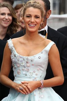 "Blake Lively in Vivienne Westwood princess gown at the ""Slack Bay (Ma Loute)"" Premiere during the annual Cannes Film Festival. Blake Lively Cannes, Blake Lively Dress, Blake Lively Style, Blake And Ryan, Blake Lively Ryan Reynolds, Fairytale Gown, Celebrity Red Carpet, Bridal Looks, Bridal Style"