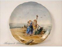 Plat en porcelaine de Limoges Femmes Marins Bretagne 20e
