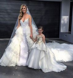 custom made Cute Ivory Flower Girl Dresses sequin appliques little girls pageant dress ball gown communion dresses-in Flower Girl Dresses from Weddings & Events on Aliexpress.com   Alibaba Group