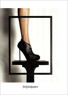 YVES SAINT LAURENT AUTUMN/WINTER 2009/10 AD CAMPAIGN FEAT. CHRISTY TURLINGTON / SHOT BY INEZ & VINOODH