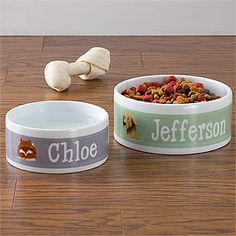 Personalized Dog Bowls - these are so pretty! You get to pick from 33 breeds and 8 background colors and then you add your dog's name ... these are so cute I wouldn't mind having them in my kitchen ... I could even pick the color to make it match my home! They come in small and large sizes at PersonalizationMall ... great Christmas Gift idea / #Pinspiration for dog lovers or your own pups! #Dog #Christmas