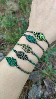 Diy Bracelets Patterns, Macrame Bracelet Patterns, Macrame Bracelet Tutorial, Diy Bracelets Easy, Bracelet Crafts, Macrame Jewelry, Macrame Bracelets, Friendship Bracelet Patterns, Jewelry Patterns