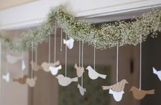 super cute garland...maybe we can put a variation of this on your table with Juan :-)