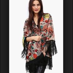 Sans Souci velvet fringe kimono Beautiful floral velvet kimono with fringe. Perfect with dresses or jeans. Sans Souci Tops