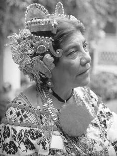 My dear folk dance teacher #ChavelitaPinzon | personaje relacionado al #folklorepanameño