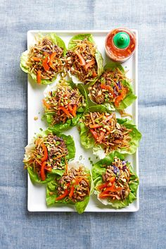 These 20-minute meals with ground beef are fast, fresh, and perfect for the weeknight rush. With our quick ground beef recipes, you'll put a package of meat to good use for hamburgers, chili, taco salads, and more. #easydinnerideas #dinnerideas #quickandeasydinnerrecipes #groundbeefrecipes #bhg Chicken Wrap Recipes, Meat Recipes, Asian Recipes, Healthy Recipes, Lamb Recipes, Appetizer Recipes, Appetizers, Quick Ground Beef Recipes, Healthy Ground Beef