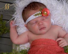 Rojo recién nacido bebé niño Tieback venda por WillowTreeGardens