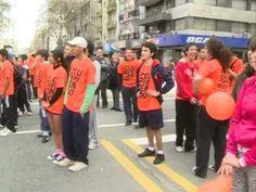 """Más de 18 mil jóvenes participan de la carrera """"5k Ser Joven no es delito"""" - YouTube"""