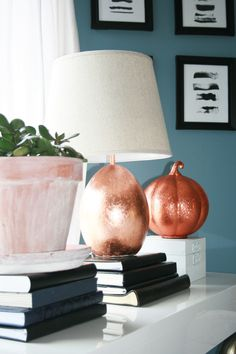 DIY Copper Lamp Table for Fall decor living room