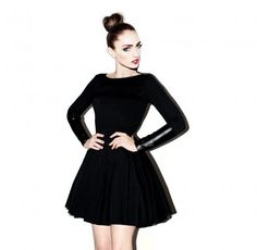 Black Snake Dress #minimal #minimalizm #blvck #blackscale #naczarno #czarny #nennuko #dress #sukienka #bizzu #legginsy #leggings #black #allblackeverything #brzozowska #fashion #moda #styl #brzozowskafashion #rozkloszowana  #milov #koronka #