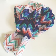 Chevron Printed Scarf Never worn Accessories Scarves & Wraps