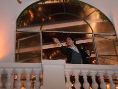 Taxi em Movimento: Daniel Ferreira Barata atirou o cinzeiro da janela do Copacabana Palace? Polícia procura o meliante... http://g1.globo.com/rio-de-janeiro/noticia/2013/07/ferido-por-cinzeiro-no-rio-reconhece-autor-da-agressao-afirma-delegado.html