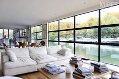 Modern lounge and houseboat. Sustainable Architecture, Residential Architecture, Contemporary Architecture, Barge Interior, Boat Interior, Houseboat Living, Lakefront Homes, Dome House, Modern Lounge