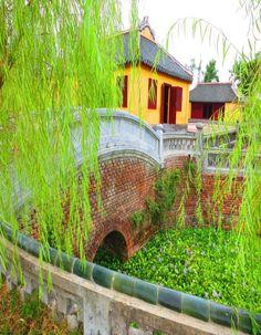 vietnam , hue city ( thua thien hue ) , trungviet kingdom ,