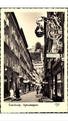 Salzburger Getreidegasse Salzburg Austria, Places, Photography, Vintage, Historical Pictures, Photograph, Fotografie, Primitive, Lugares