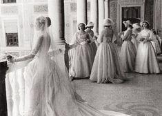 モナコ公妃♡グレース・ケリーの美しすぎるウェディングドレス姿をあつめました。のトップ画像
