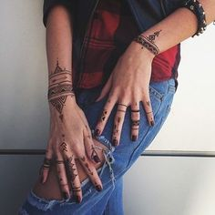 African geometry henna style veronicalilu